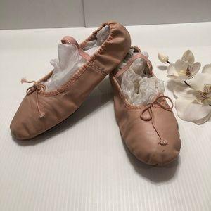 Spotlights Girls Ballet Dance Shoes Size 6.5